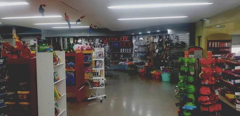 Foto Local en Alquiler en  Bella Vista,  San Miguel  SENADOR MORON  1450