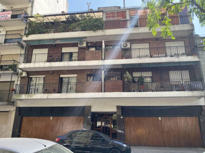 Foto Departamento en Venta en  Caballito ,  Capital Federal  Francisco Segui 420 1B