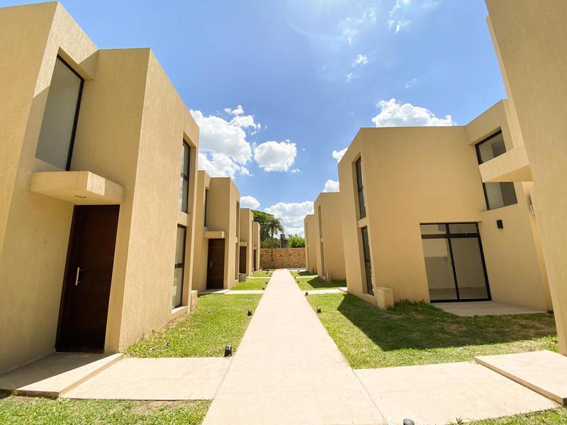 Foto Casa en Venta en  Fisherton,  Rosario  Condo Fisherton - 2 Dor