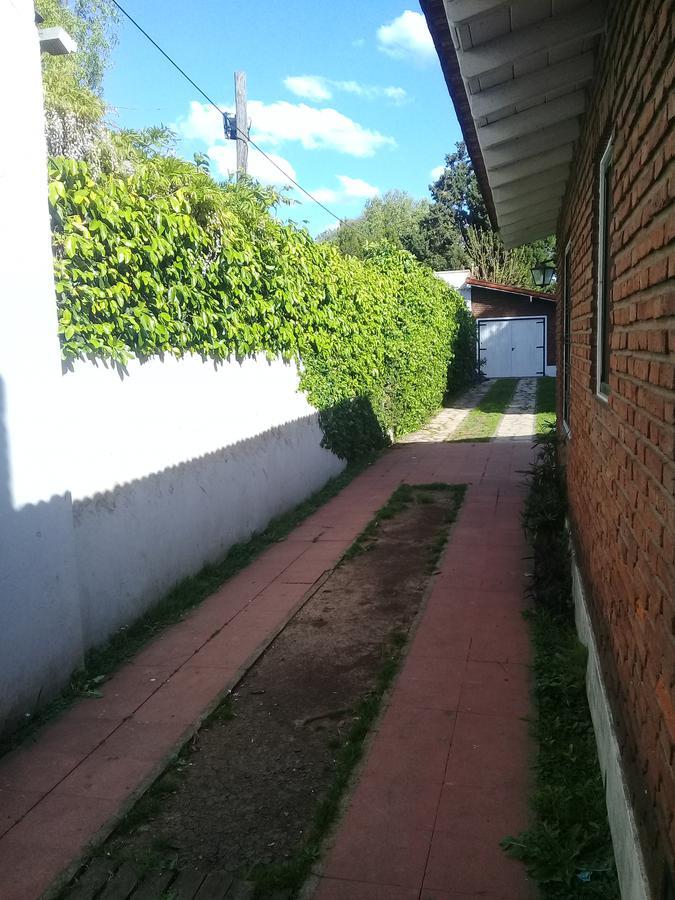 Foto Casa en Alquiler en  Jose Marmol,  Almirante Brown  MITRE 2644