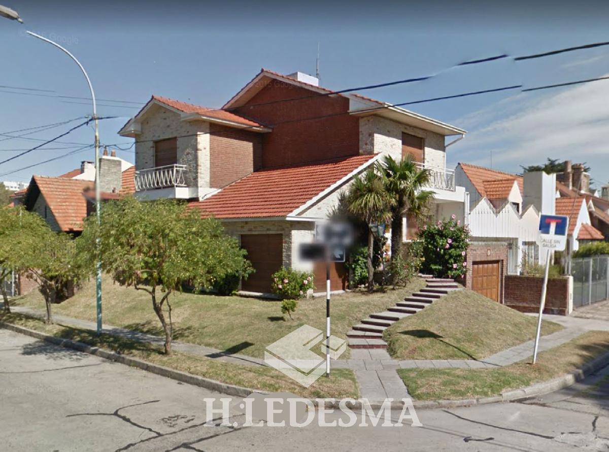 Foto Casa en Venta en  Mar Del Plata ,  Costa Atlantica  GARAY Y URQUIZA