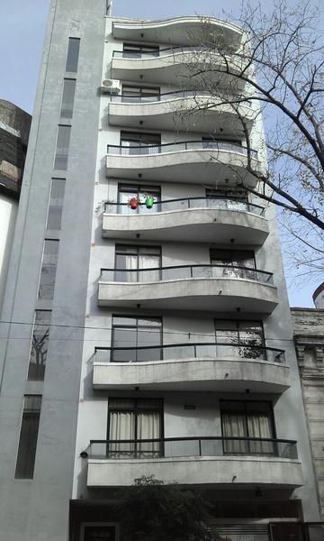Foto Departamento en Venta en  La Plata ,  G.B.A. Zona Sur  Calle 9 entre 57 y diag. 73