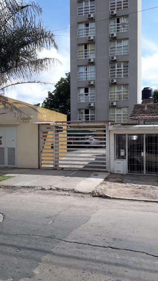 Foto Departamento en Venta en  San Miguel,  San Miguel  Urquiza al 1600