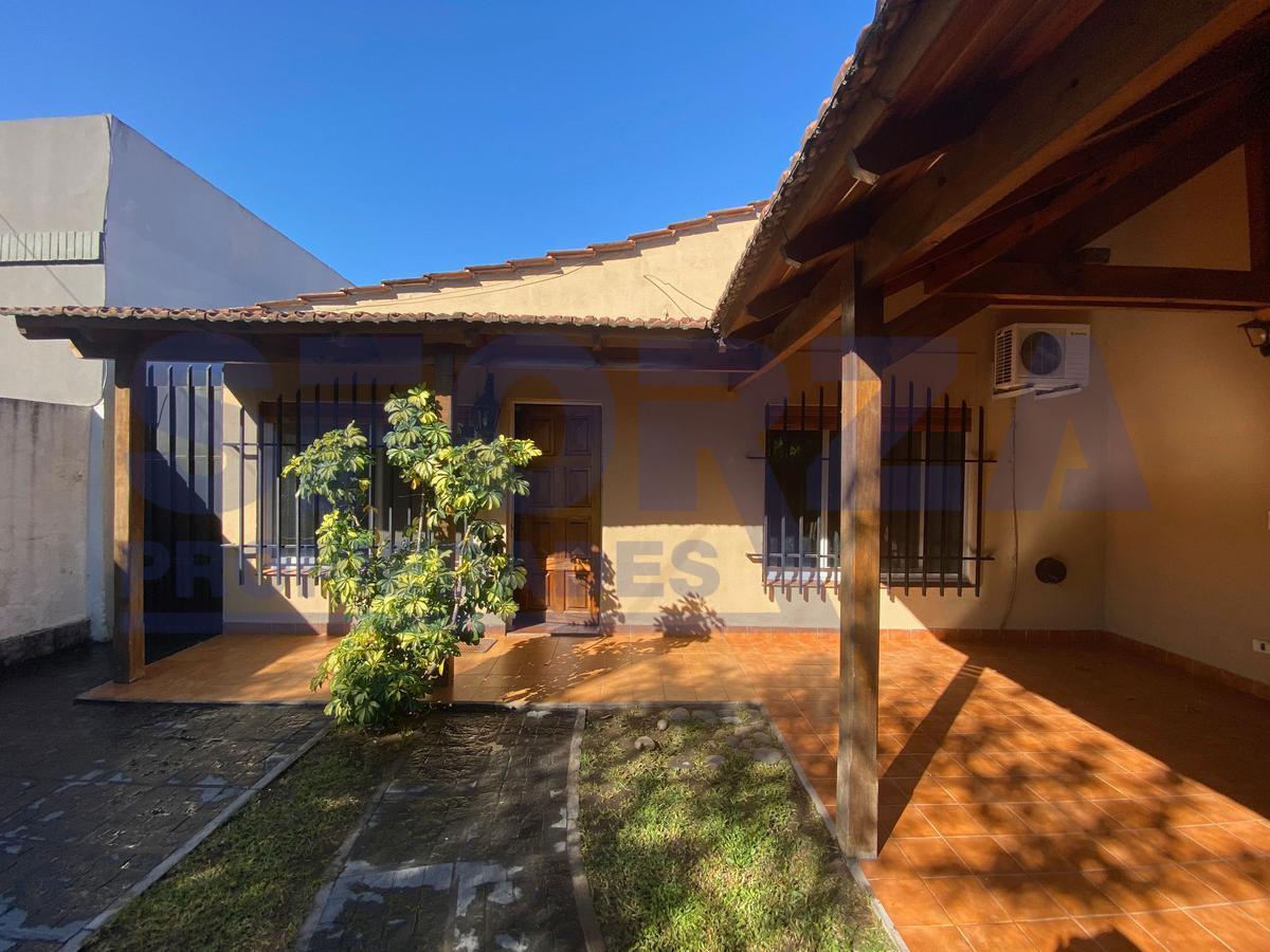 Foto Casa en Alquiler temporario en  Bella Vista,  San Miguel  Ameghino al 900
