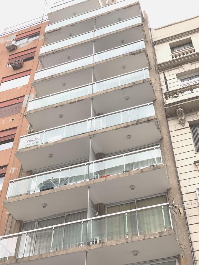 Foto Departamento en Alquiler en  Recoleta ,  Capital Federal  Viamonte al 2100
