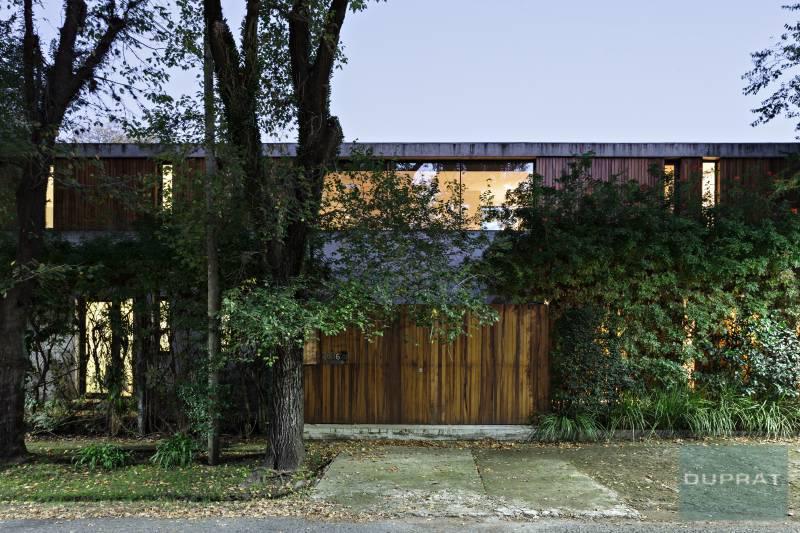 Foto Casa en Venta en  Las Lomas de San Isidro,  San Isidro  Alsina al 2600