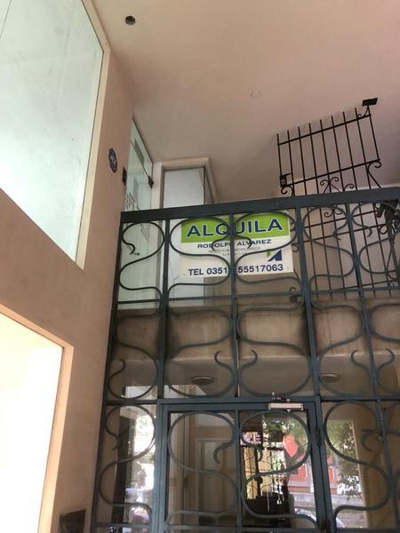 Foto Local en Alquiler en  Nueva Cordoba,  Capital  LOCAL FIGUEROA ALCORTA 275!!