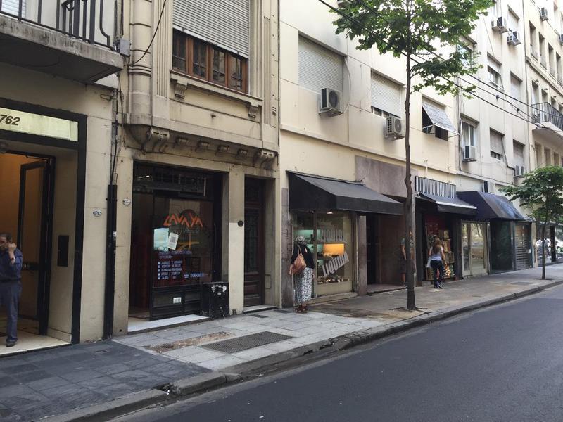 Foto Local en Alquiler en  Barrio Norte ,  Capital Federal  Vicente Lopez 1700