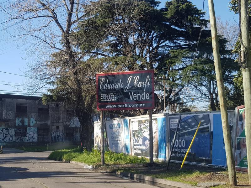 Foto Terreno en Venta en  Castelar Norte,  Castelar  Merlo esquina Ventura Bustos