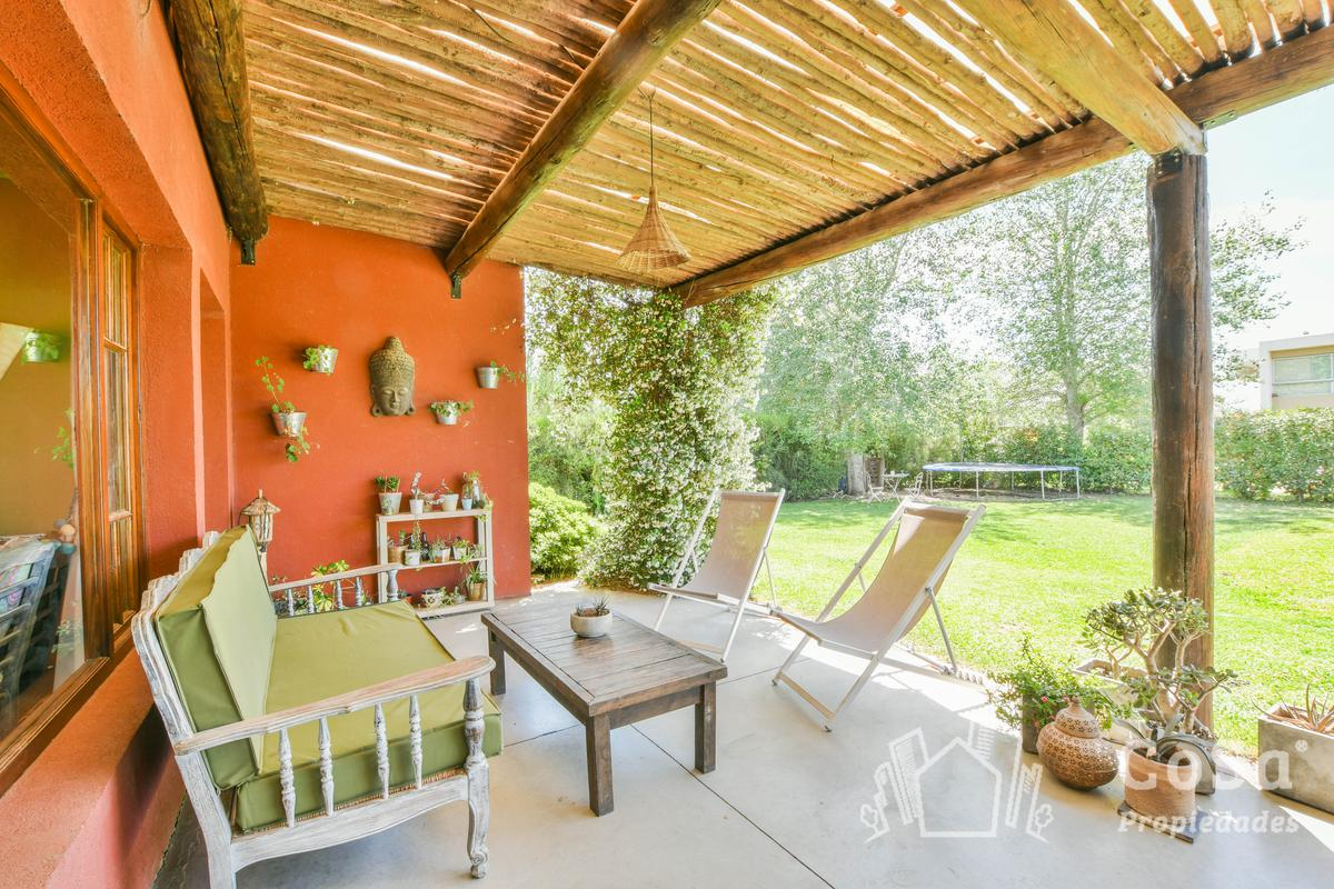 Foto Casa en Venta en  Aguadas,  Funes  Aguadas Barrio Cerrado