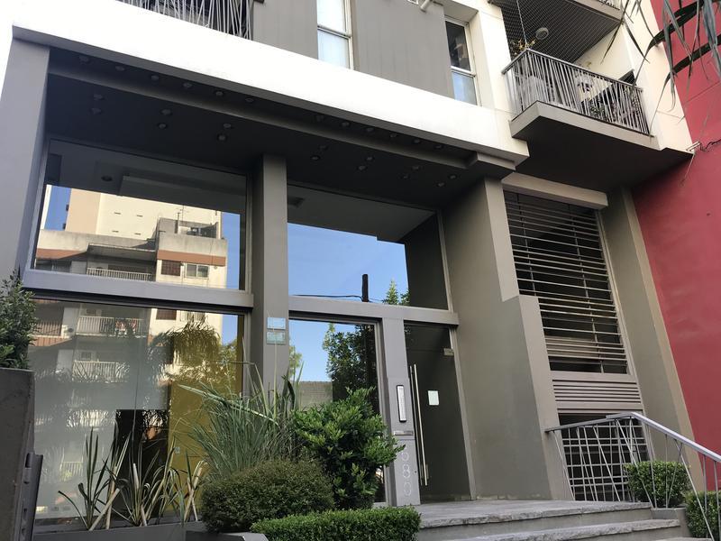 Foto Departamento en Alquiler en  Lomas de Zamora Oeste,  Lomas De Zamora  COLOMBRES 580 5ºB