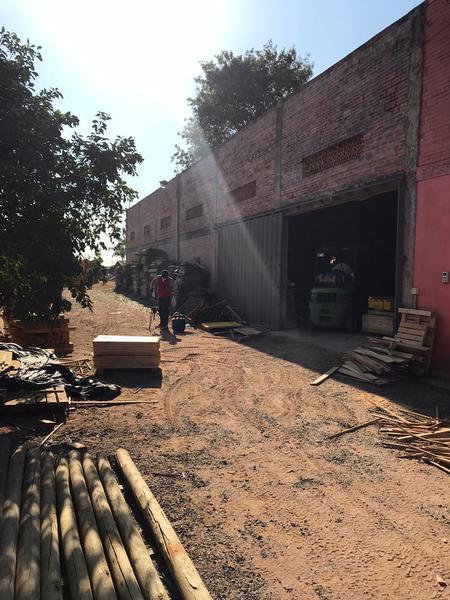 Foto Depósito en Venta en  San Lorenzo ,  Central  Manuel Ortiz Guerrero, San Lorenzo. Capilla del Monte