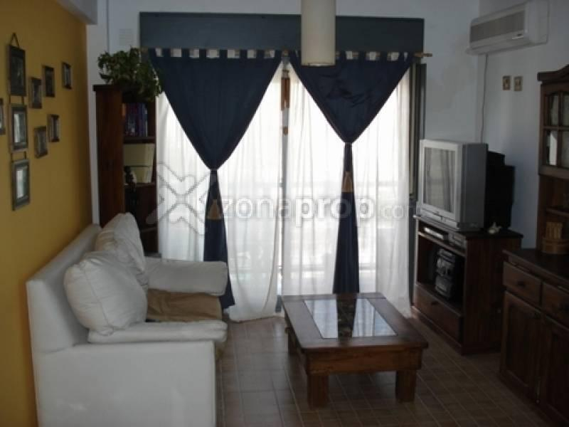 Foto Departamento en Alquiler temporario en  San Cristobal ,  Capital Federal  CHILE 2500