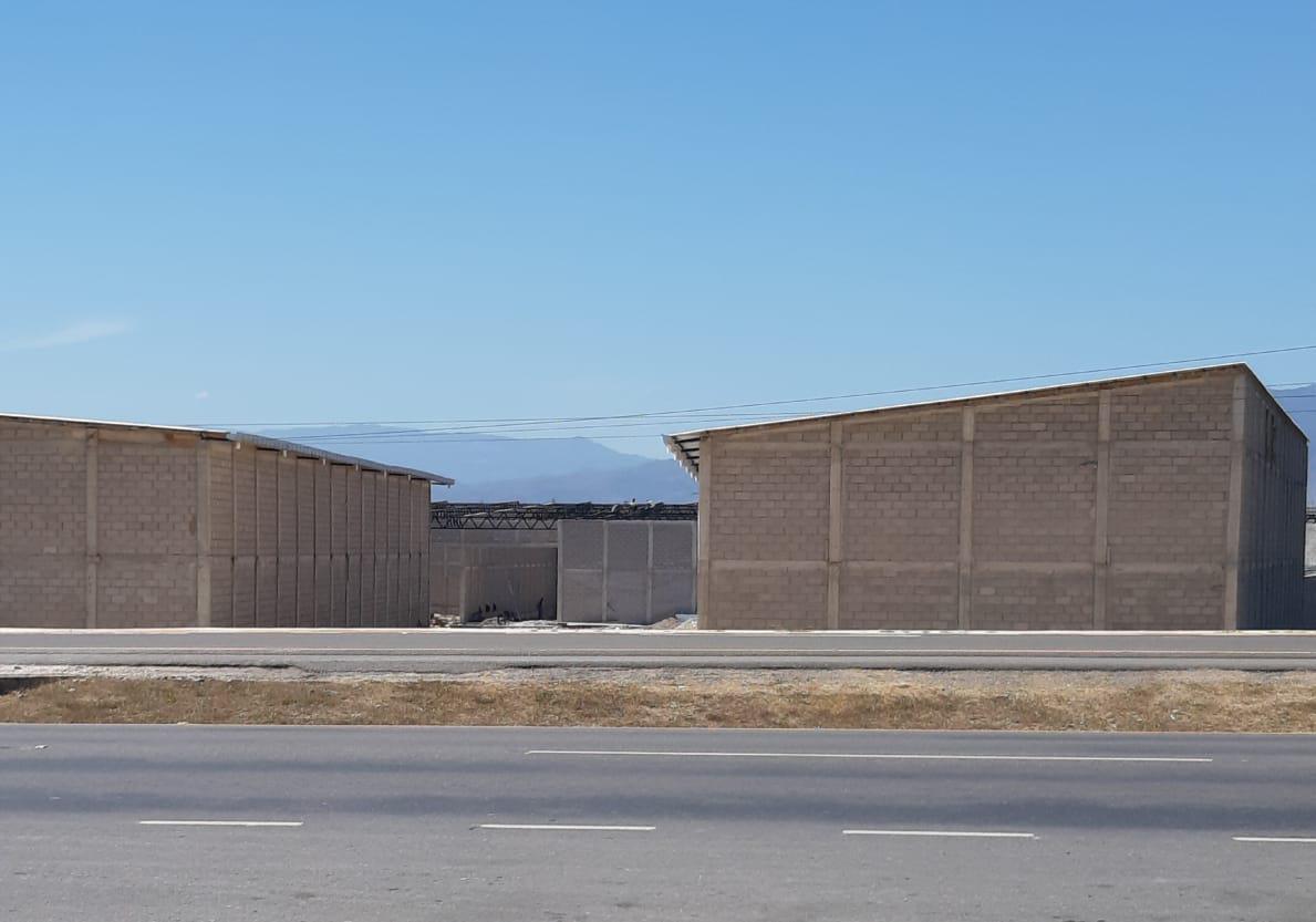 Foto Bodega Industrial en Renta en  Comayagua ,  Comayagua  Complejo de Bodegas en  Comayagua carretera CA5