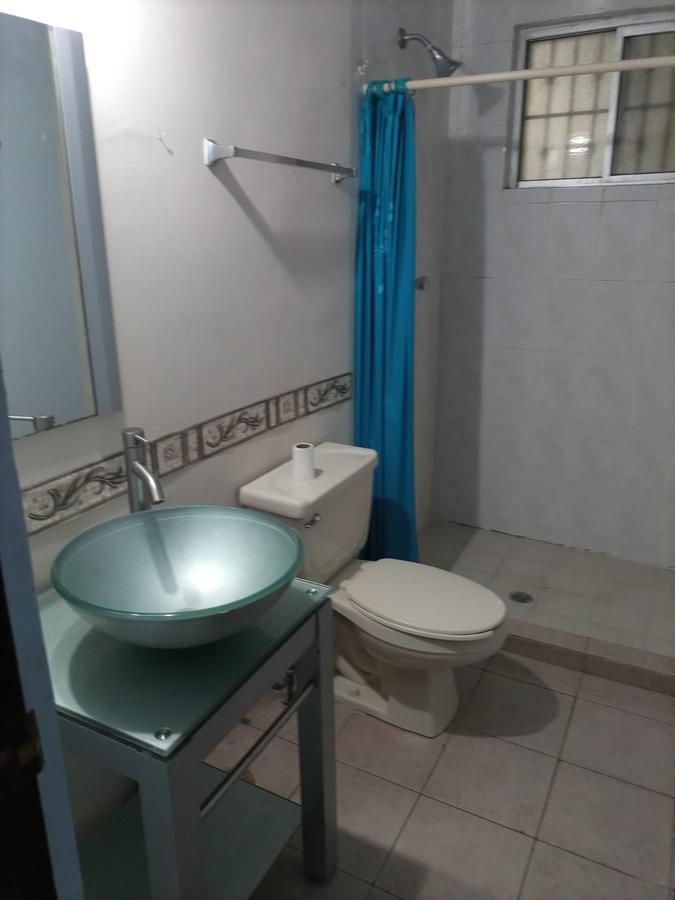 Foto Departamento en Renta en  Guadalupe ,  Nuevo León  Depto. #41 Santa Rosa, Riv. Linda Vista