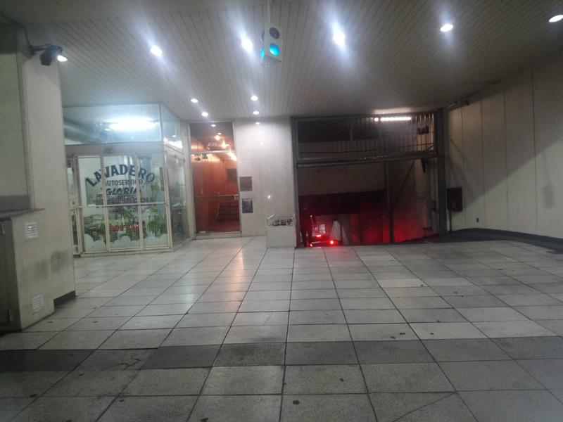 Foto Cochera en Venta en  Recoleta ,  Capital Federal  Las Heras 2100