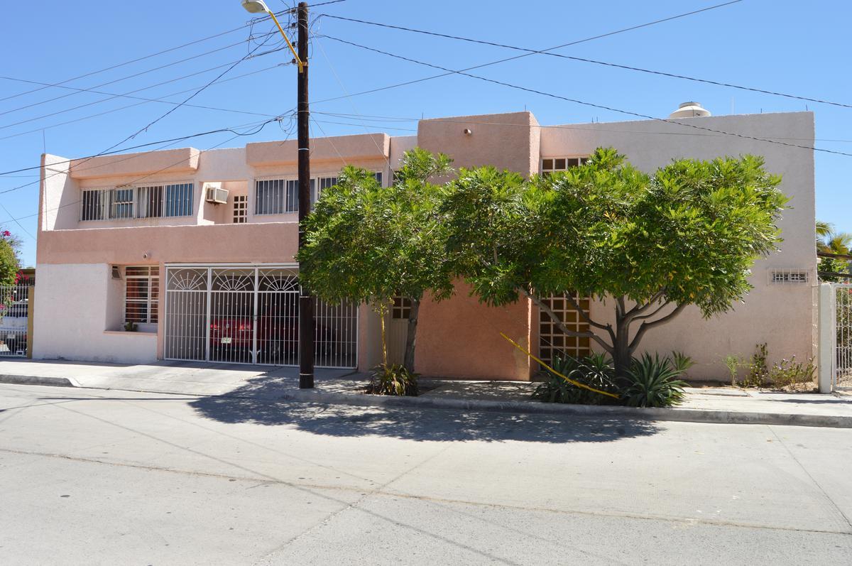 Foto Casa en Venta en  Las Garzas,  La Paz  Las Garzas