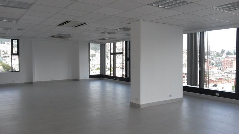 Foto Oficina en Alquiler en  Centro Norte,  Quito  OFICINAS NACIONES UNIDAS REMODELADAS EDF CORPORATIVO,  150 MTS : $2100
