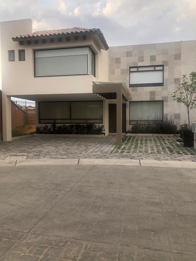 Foto Casa en Renta en  Calimaya ,  Edo. de México  CASA EN RENTA VALLE DE LAS FUENTES