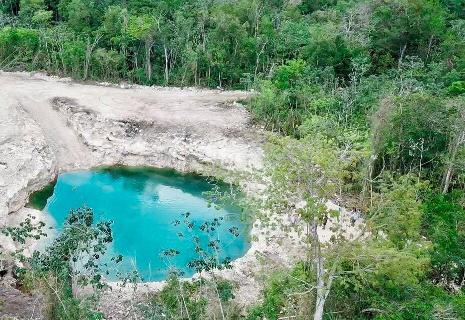 Foto Terreno en Venta en  Leona Vicario,  Puerto Morelos    HERMOSO TERRENO ECOLÓGICO EN LA RUTA DE LOS CENOTES