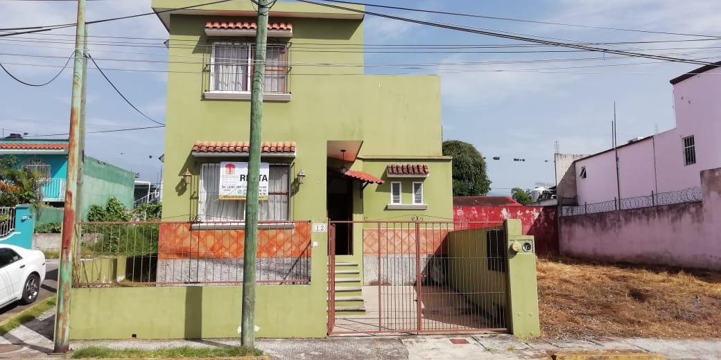 Foto Casa en Renta en  Coatepec ,  Veracruz  CASA EN RENTA 4 RECAMARAS FRACC. PRIVADO, COATEPEC, VER.