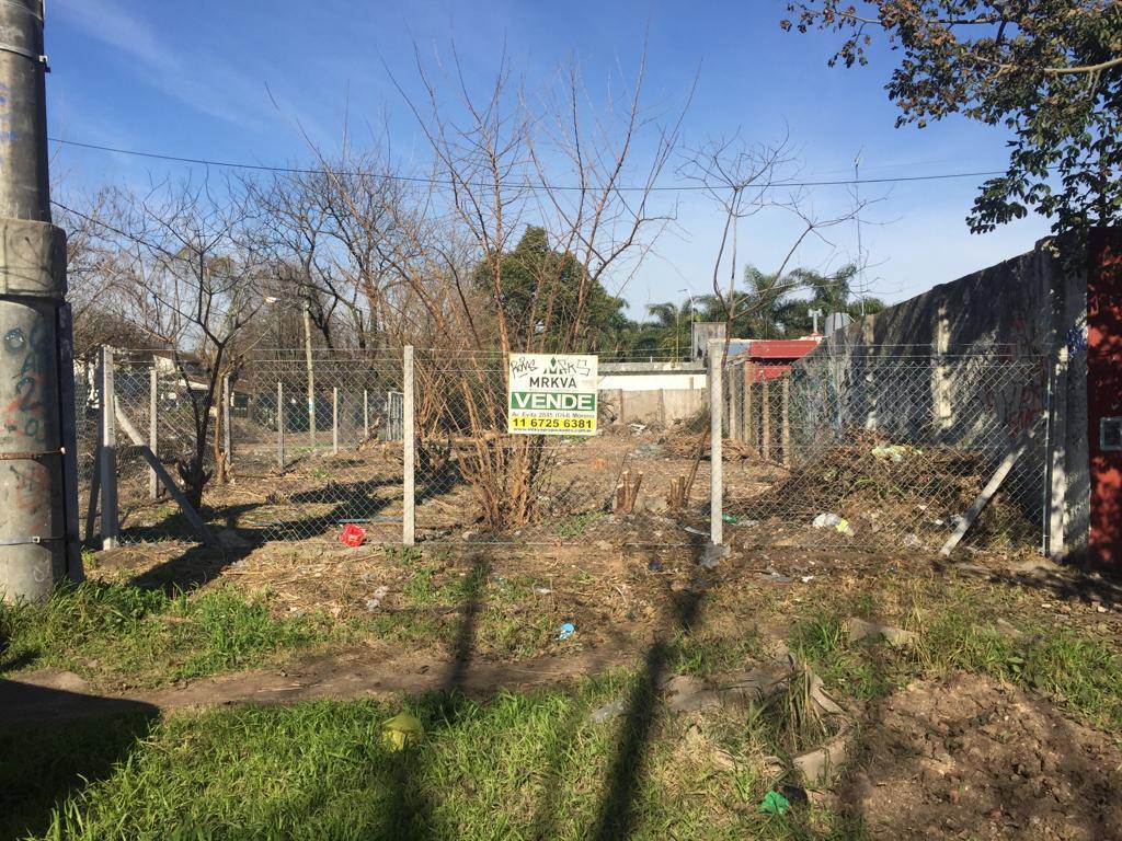 Foto Terreno en Venta en  Moreno ,  G.B.A. Zona Oeste  Piovano y San Cayetano