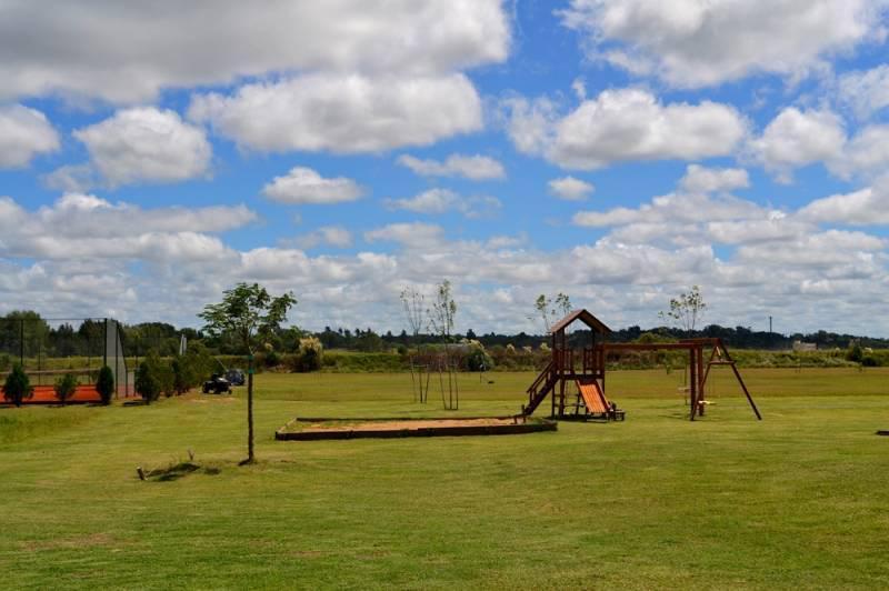 Foto Terreno en Venta en  El Canton,  Countries/B.Cerrado  Barrio Golf 93