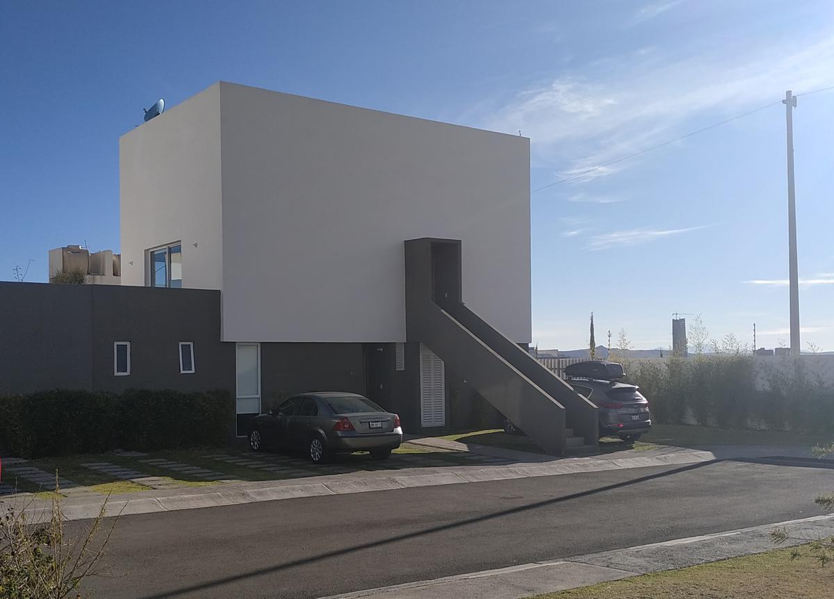 Foto Casa en Venta en  Fraccionamiento El Mirador,  El Marqués  CASA EN VENTA EN EL FRACCIONAMIENTO EL MIRADOR, QUERETARO