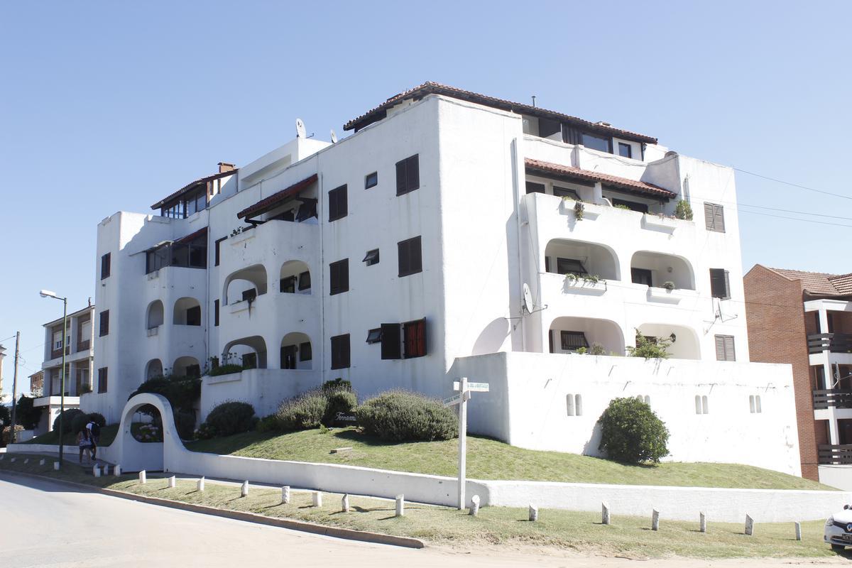 Foto Departamento en Venta en  Pinamar ,  Costa Atlantica  Pinamar