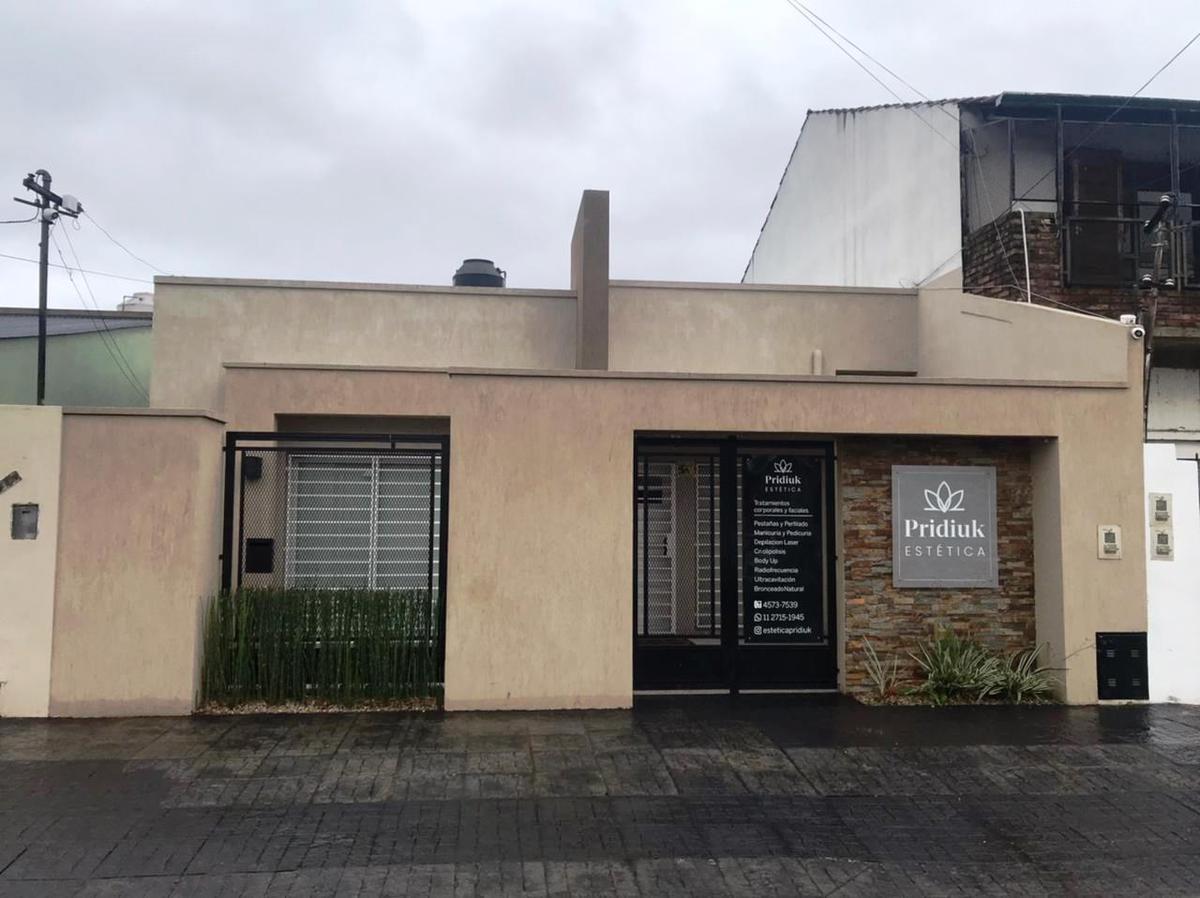 Foto Casa en Venta   Alquiler en  Remedios De Escalada,  Lanús  Hernandarias 844