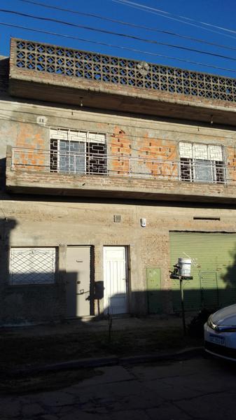 Foto Departamento en Alquiler en  Luis Guillon,  Esteban Echeverria  Miles al 1200
