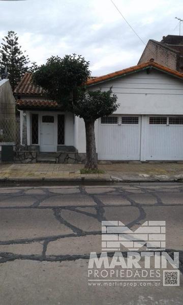 Foto Casa en Venta en  Boulogne,  San Isidro  MONTES DE OCA 675/81