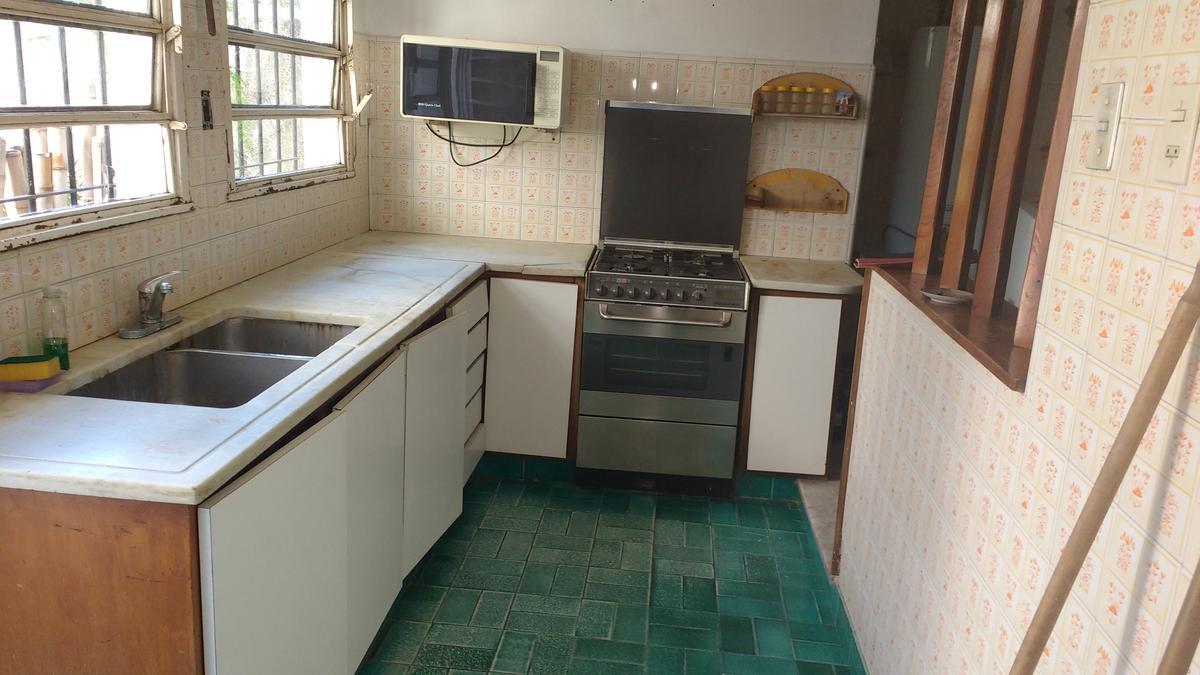 Foto Casa en Venta en  Olivos,  Vicente Lopez  Rawson al 2300
