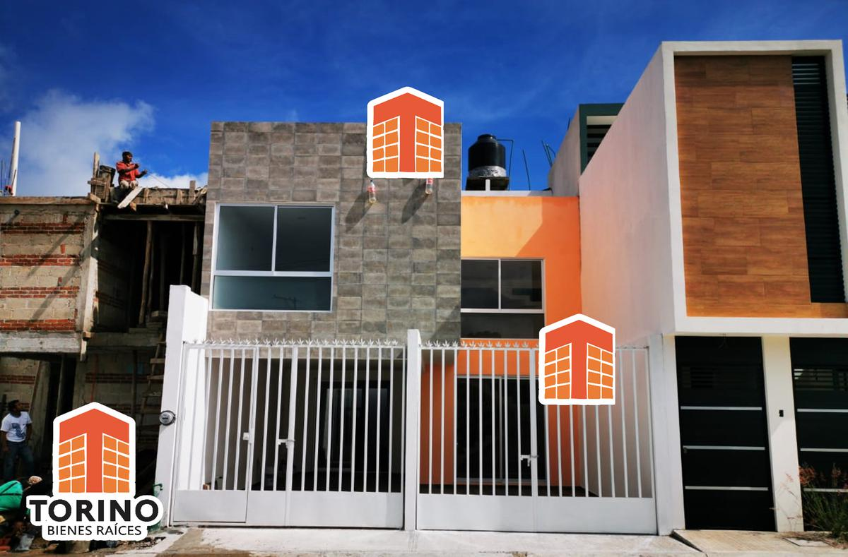 Foto Casa en Venta en  La Morada del Quetzal,  Xalapa  ESTRENA CASA EN FRACCIONAMIENTO MORADA DEL QUETZAL