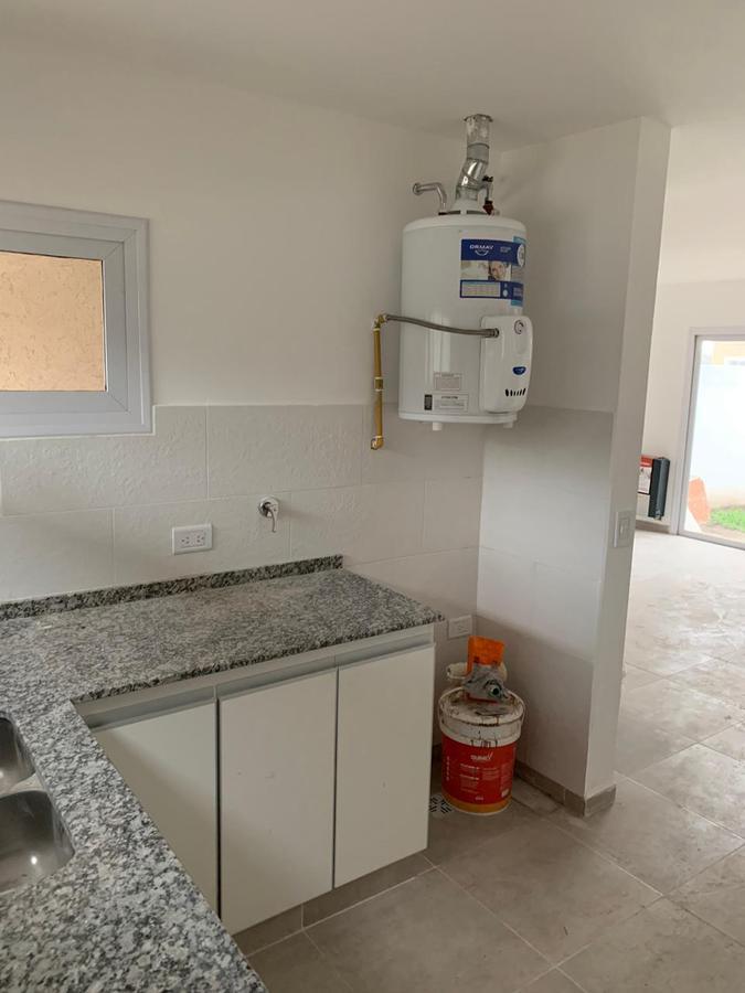 Foto Casa en Venta en  Miradores de Manantiales,  Cordoba Capital  Oportunidad - Miradores de Manantiales - Duplex dos dormitorios