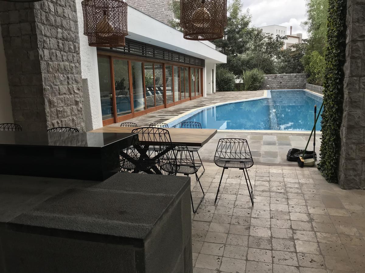 Foto Casa en Venta en  Cumbayá,  Quito  Cumbayá, junto al Colegio Menor