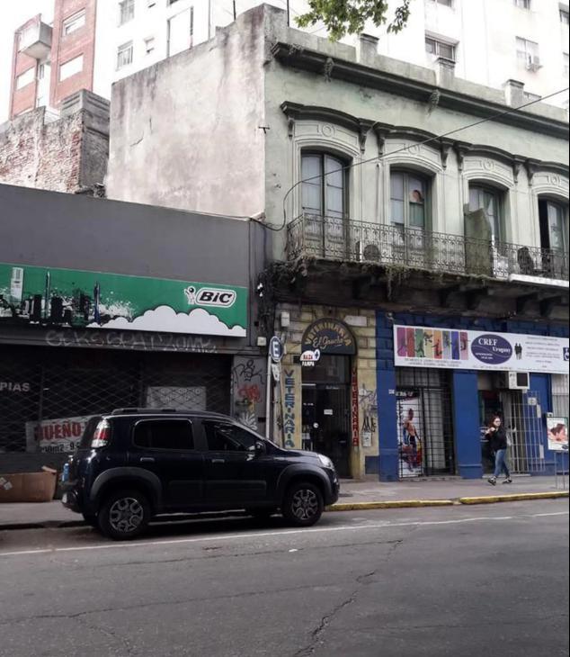 Foto Terreno en Venta en  Cordón ,  Montevideo  Constituyente esquina Tacuarembo