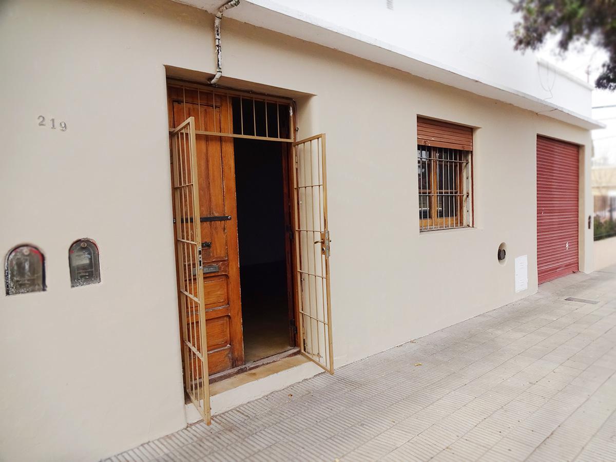Foto Casa en Venta en  General Pico,  Maraco  15 e/ 6 y 8