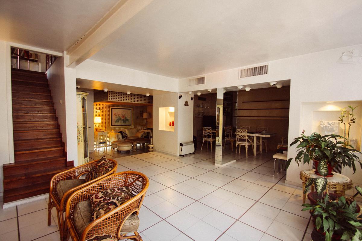 Foto Edificio Comercial en Alquiler en  S.Isi.-Centro,  San Isidro  Alem al 400
