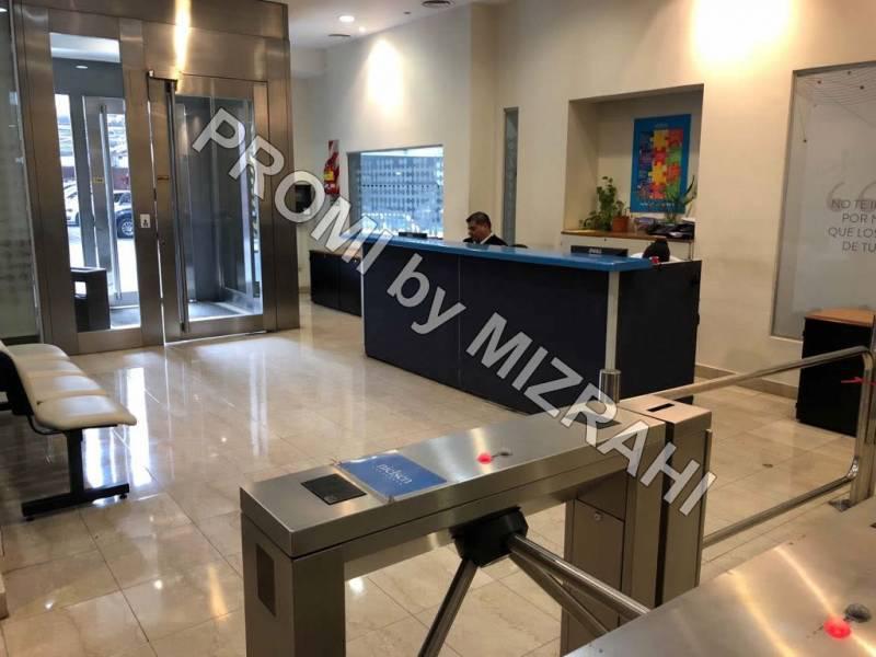 Foto Oficina en Alquiler en  Microcentro,  Centro (Capital Federal)  Tucuman al 301