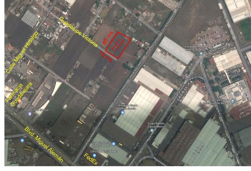 Foto Terreno en Venta en  San Nicolás Tolentino,  Toluca  Venta de Terreno Industrial cerca de Blvd. Aeropuerto, Toluca, 3500 m2