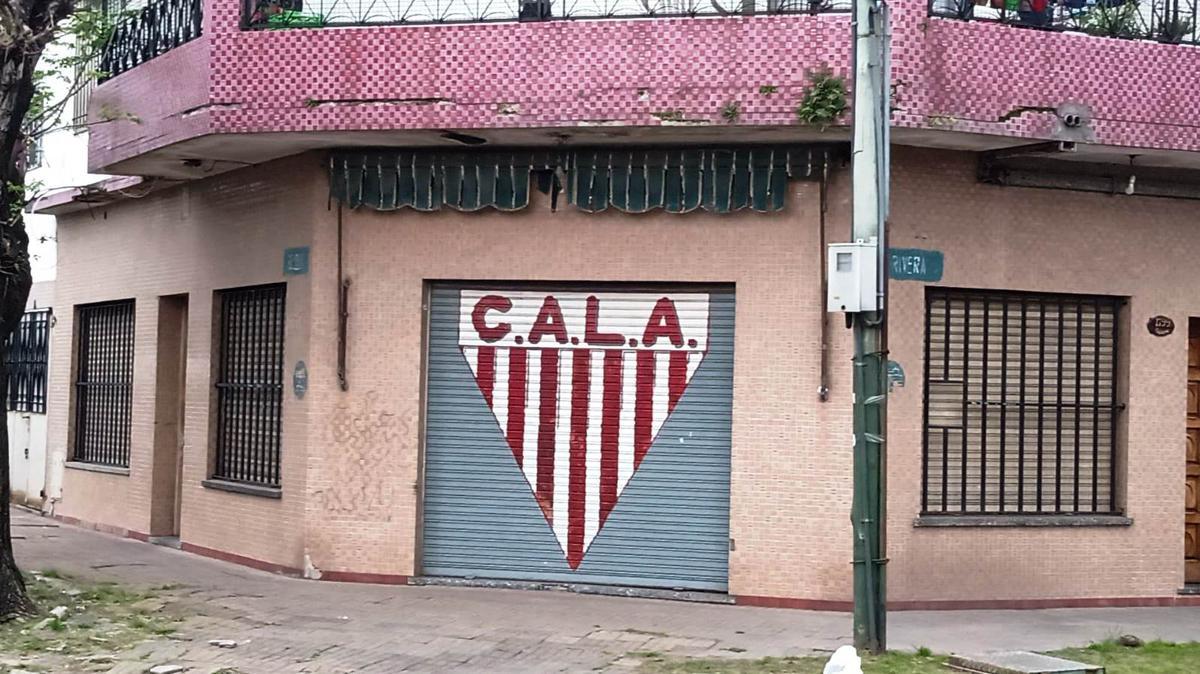 Foto Local en Alquiler en  Lomas de Zamora Oeste,  Lomas De Zamora  Rivera y Belleli