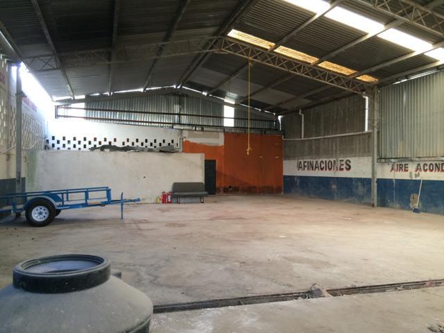 Foto Bodega Industrial en Renta en  Ejidal,  Solidaridad  Bodega Carretera Playa del Carmen en Renta
