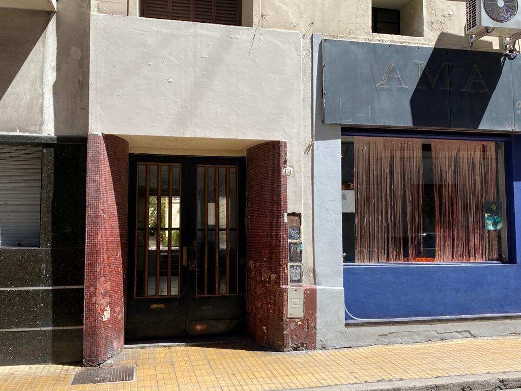 Foto Departamento en Venta en  San Telmo ,  Capital Federal  Venezuela al 400