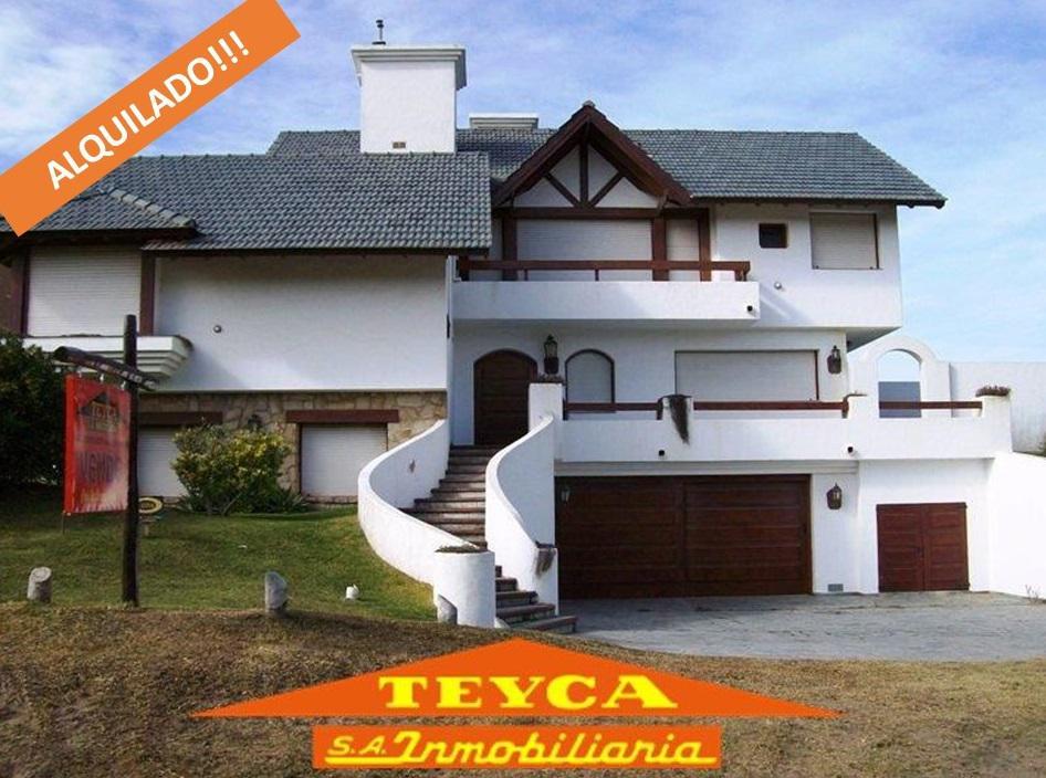 Foto Casa en Alquiler temporario en  Pinamar ,  Costa Atlantica  BURRIQUETAS 4213