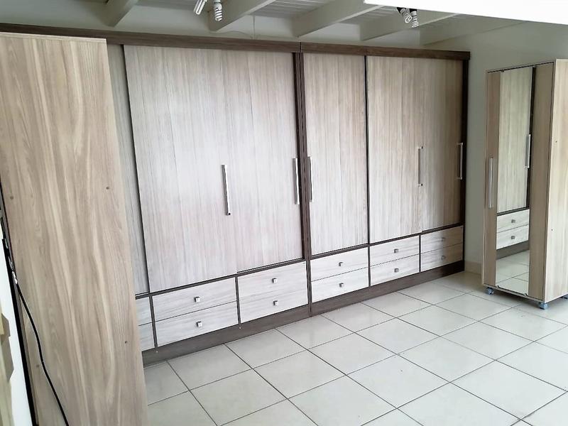 Foto Casa en Alquiler | Venta en  Mburucuya,  Santisima Trinidad  Zona Facultad de Derecho UNA