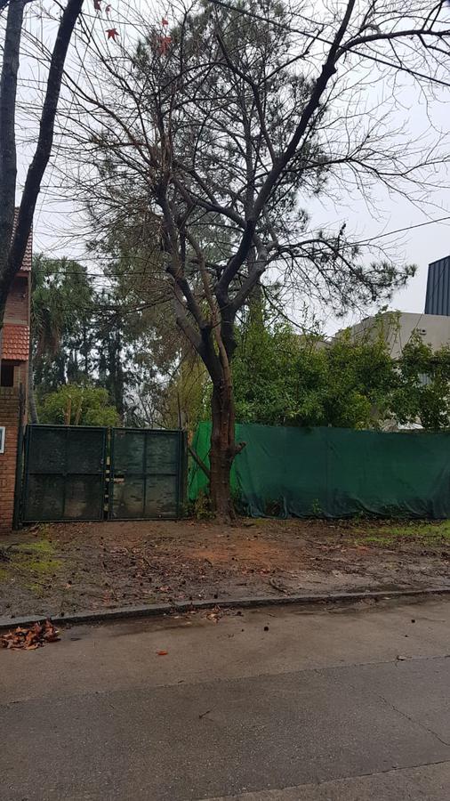 Foto Terreno en Venta |  en  Tigre,  Tigre  Calle Esmeralda Lote Terreno en excelente zona