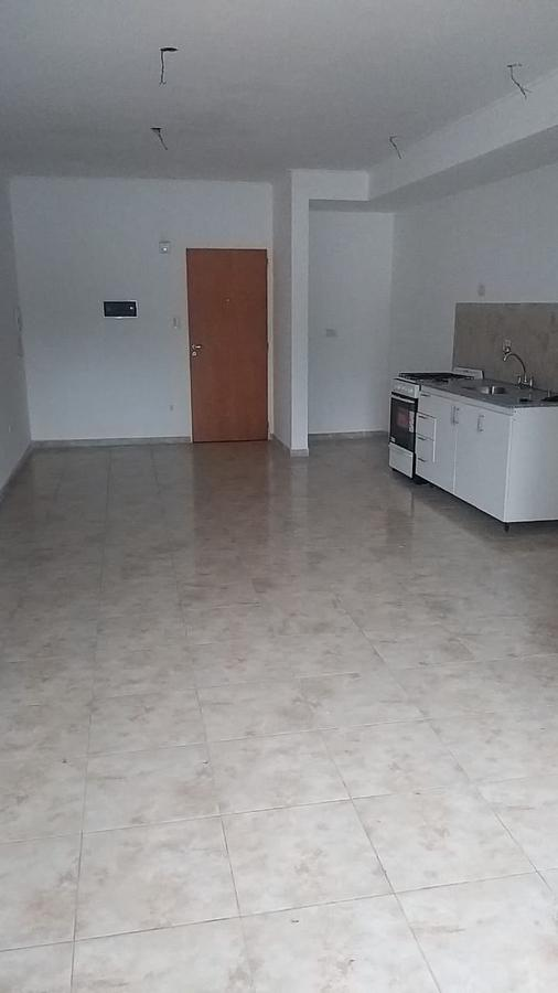 Foto Departamento en Venta en  La Plata ,  G.B.A. Zona Sur  Monoambiente y cochera en venta - 43 E/19 y 20