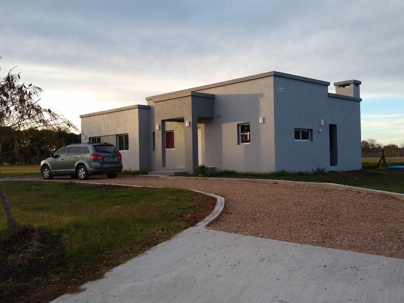 Foto Casa en Venta en  Countries/B.Cerrado (Lujan),  Lujan  La Asunción