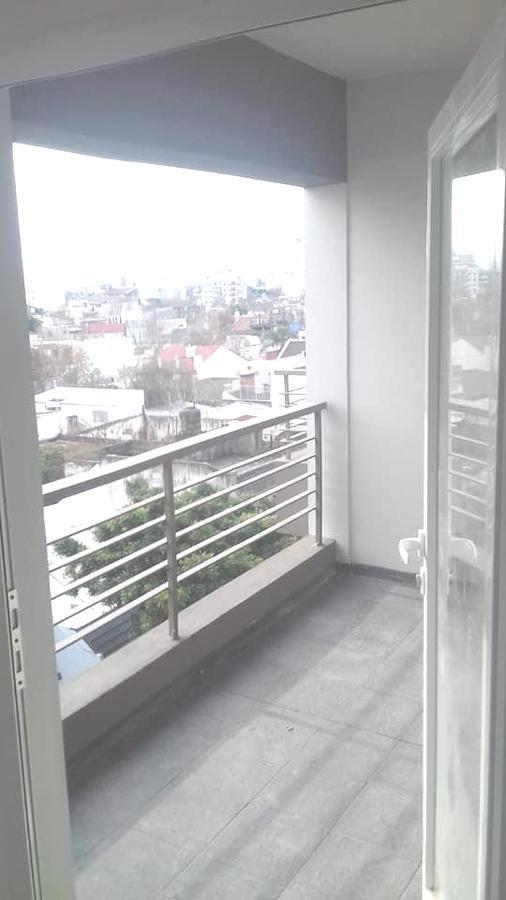 Foto Departamento en Alquiler | Venta en  Monte Castro ,  Capital Federal  Lascano  * esq. Allende . 4to. Piso al frente.  Dos amb. Sup. 53m2.  Por m2.: usd 2113